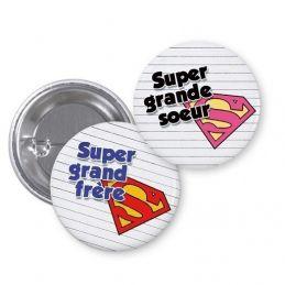 Badge  Super grand frère ou soeur|La chouette mauve|Livraison rapide|Fabrication en France