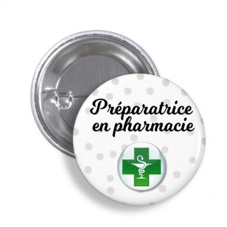Badge préparatrice en pharmacie