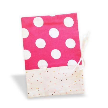 Protège carnet de santé Pink dots|La chouette mauve|Livraison rapide|Fabrication en France