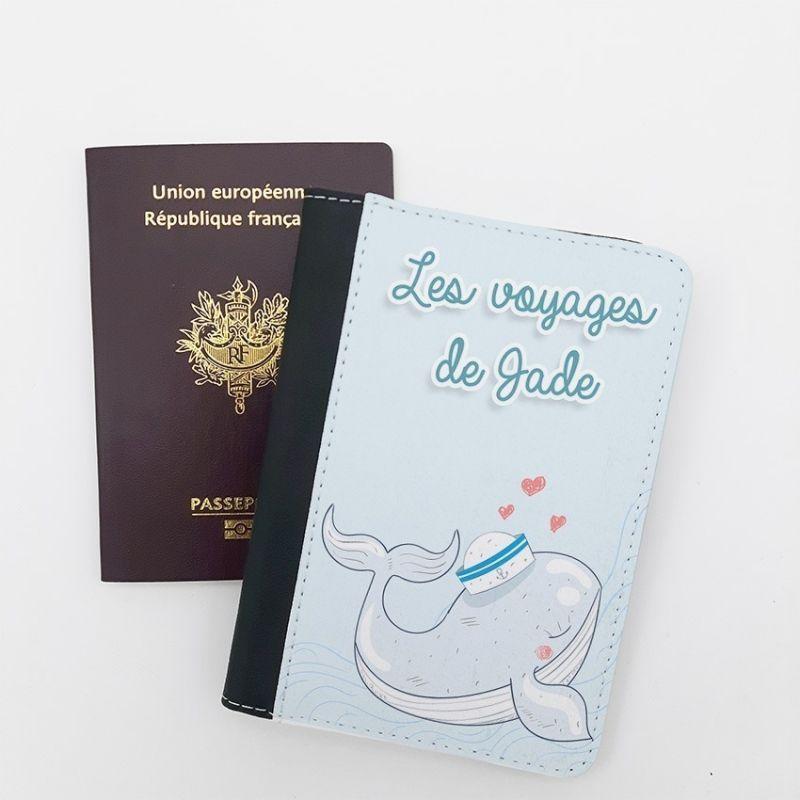 Protège passeport personnalisable Baleine La chouette mauve Livraison rapide Fabrication en France