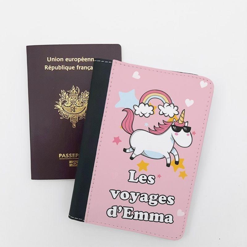 Protège passeport personnalisable Licorne La chouette mauve Livraison rapide Fabrication en France