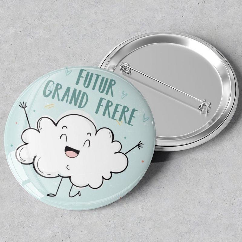 Badge rond grand format en métal Futur grand frère - 45 mm La chouette mauve Livraison rapide Fabrication en France