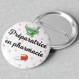 Badge Préparatrice en pharmacie|La chouette mauve|Livraison rapide|Fabrication en France