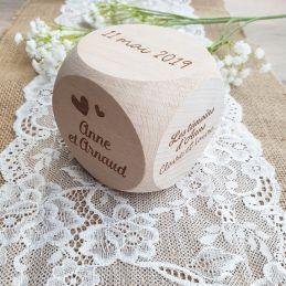 Gros cube / dé de mariage...